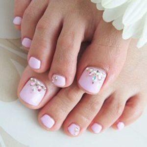 Combine estes doit ingrédients naturais para ter pieds macios e bonitos