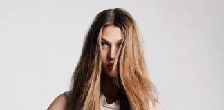 Comment Laisser les Cheveux raides Naturellement
