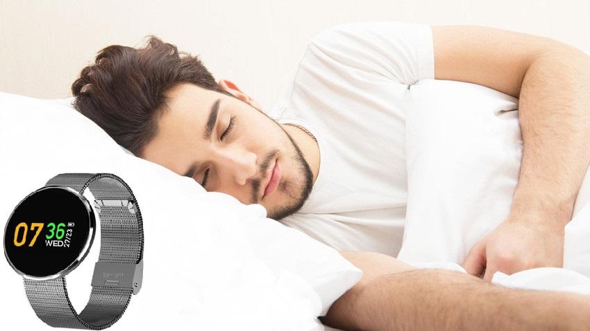 Commander Life Smartwatch pour contrôler votre pouls et de nombreuses autres fonctionnalités utiles